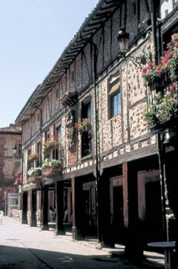 Ezcaray destino la rioja turismo for Muebles ezcaray