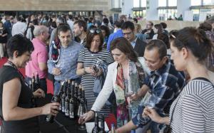 Cata popular de los premios Ecovino: catorce bodegas este viernes en Riojaforum