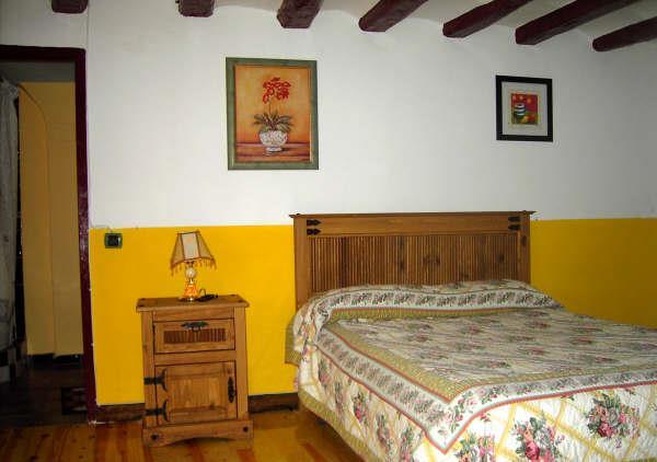 La fuente alojamientos la rioja turismo - Casas rurales cerca de arnedillo ...