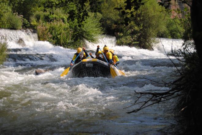 ¿Quieres conocer los barrancos o hacer rafting en La Rioja? La primavera es una de las mejores fechas para hacerlo.