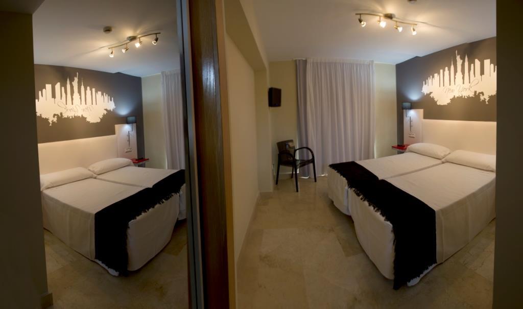 Hotel las gaunas alojamientos la rioja turismo - Hotel las gaunas ...