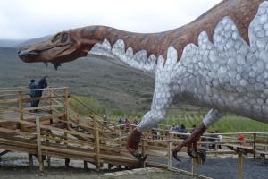 Igea, diversión entre dinosaurios