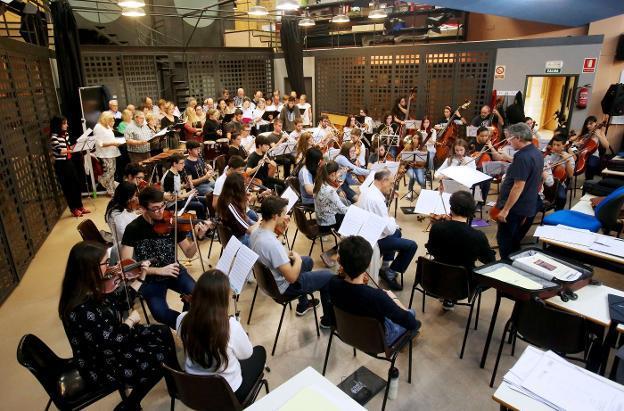 El Coro Broadway presenta mañana en Riojaforum su segundo proyecto musical