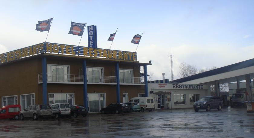Hotel rea de calahorra alojamientos la rioja turismo for Hotel luxury la rioja