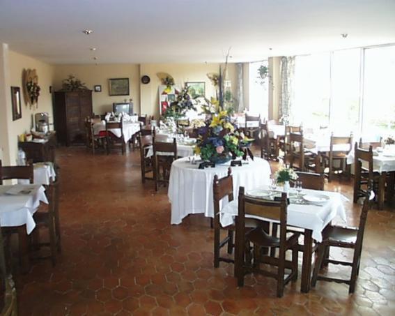 Hotel Montes Blancos