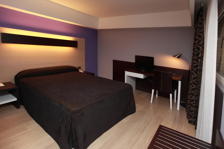 Hotel ciudad de logro o alojamientos la rioja turismo for Descripcion de habitaciones de un hotel