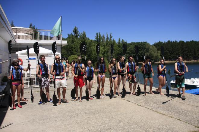 Este verano… ¡¡déjate llevar en piragua!! Rutas guiadas en el Náutico El Rasillo