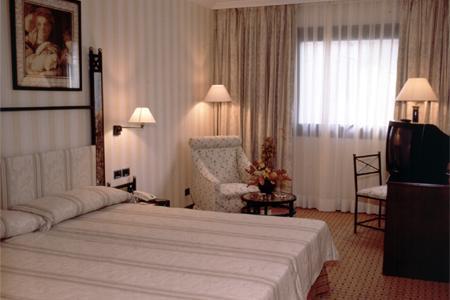 HOTEL HUSA GRAN VÍA