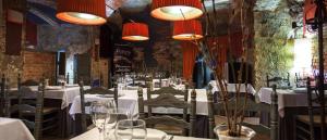 Las cuevas del restaurante Sopitas de Arnedo este otoño con descuento