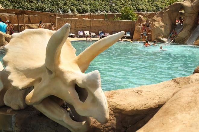 Conoce los misterios de los dinosaurios y disfruta esta primavera en El Barranco Perdido