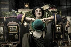 Circo, humor y música de dos burgaleses para el estreno