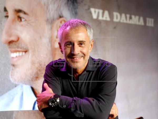 Sergio Dalma pone en pie a un público entregado en Riojaforum en Logroño