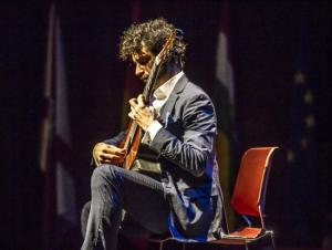 Gira benéfica de Pablo Sáinz Villegas con conciertos en Haro, Calahorra y Logroño