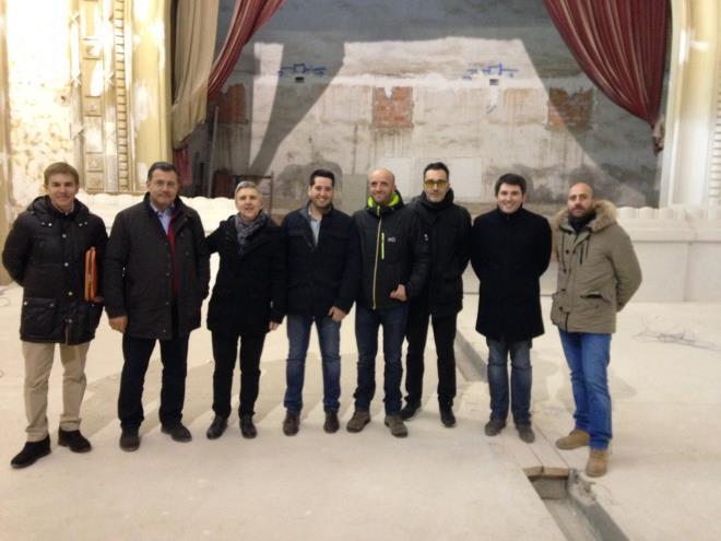 Eduardo Rodríguez Osés visita las obras de rehabilitación del Nuevo Cinema de Arnedo