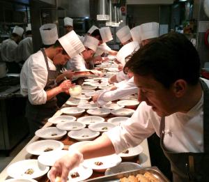 Gran cena y cotillón de Nochevieja en el Hotel Gastronómico Echaurren