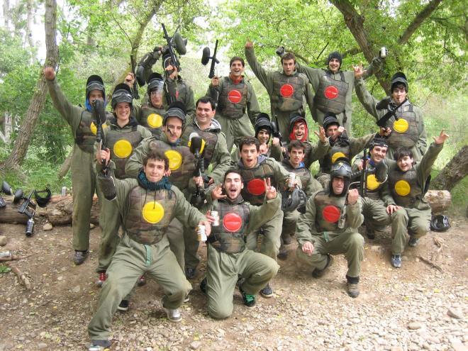 Paintball en el bosque, Bubble Fútbol y Tiro con Arco
