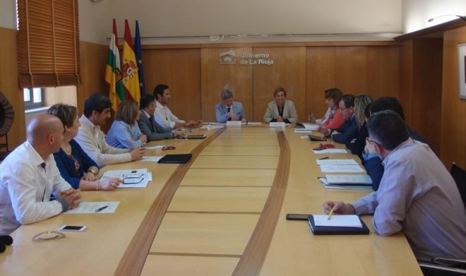 El nuevo reglamento del sector del turismo contribuirá a mejorar y modernizar la oferta turística de la región