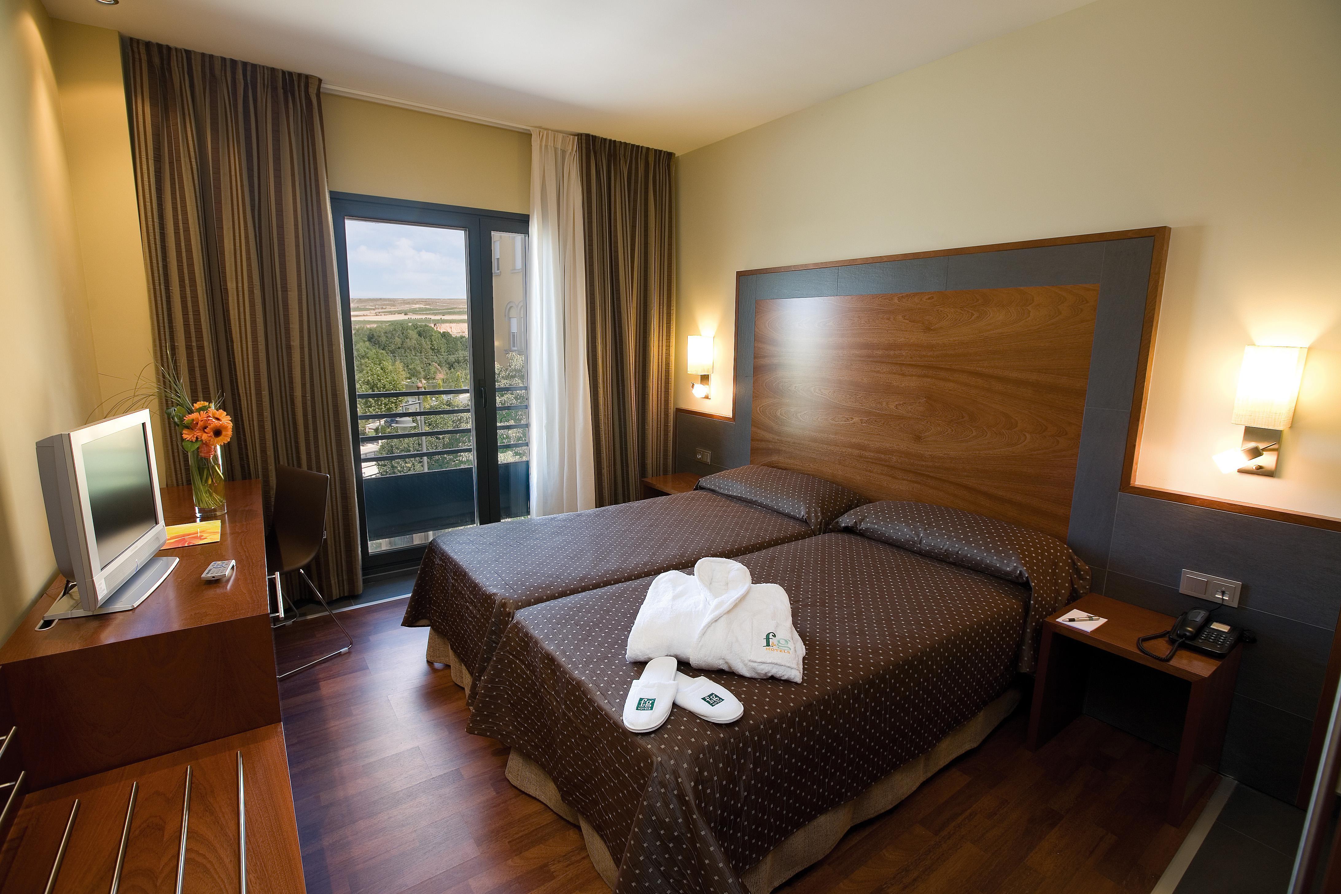 Hotel f g logro o alojamientos la rioja turismo for Hotel luxury la rioja