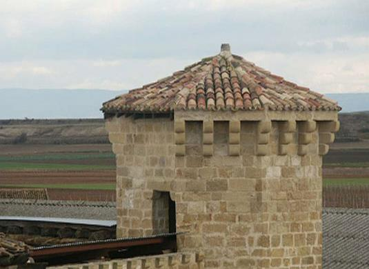 Palacio fortificado de Leiva
