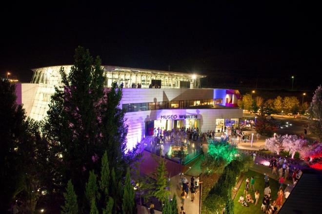 De noche el Museo suena