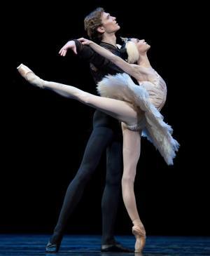 Riojaforum acoge este sábado la II Gala benéfica organizada por la Casa de la Danza