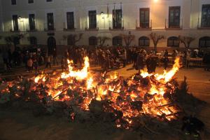 Al calor de las Hogueras de San Antón
